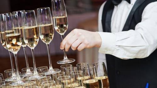 Hotelsuche, Catering und Rahmenprogramm