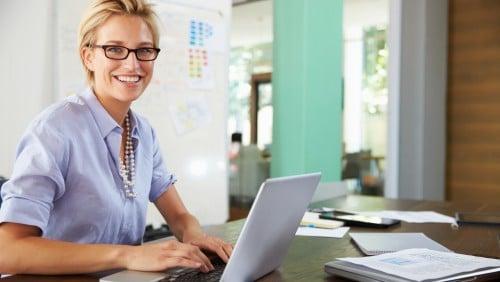 Geschäftsbriefe und E-Mails formulieren