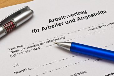 Arbeitsvertrag: Diese Grundlagen sollten Sie kennen