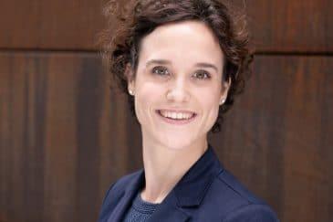 Assistentinnen im Porträt: Die tatkräftige Rückenfreihalterin