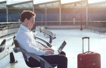 E-Mail-Management: 3 Tipps, wie Sie Ihre Kommunikation mit viel reisenden Chefs straffen